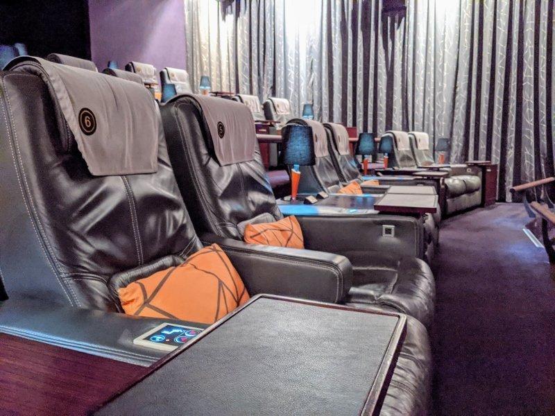 南紡威秀GOLD CLASS 頂級影廳觀影新體驗 套票省更多 4