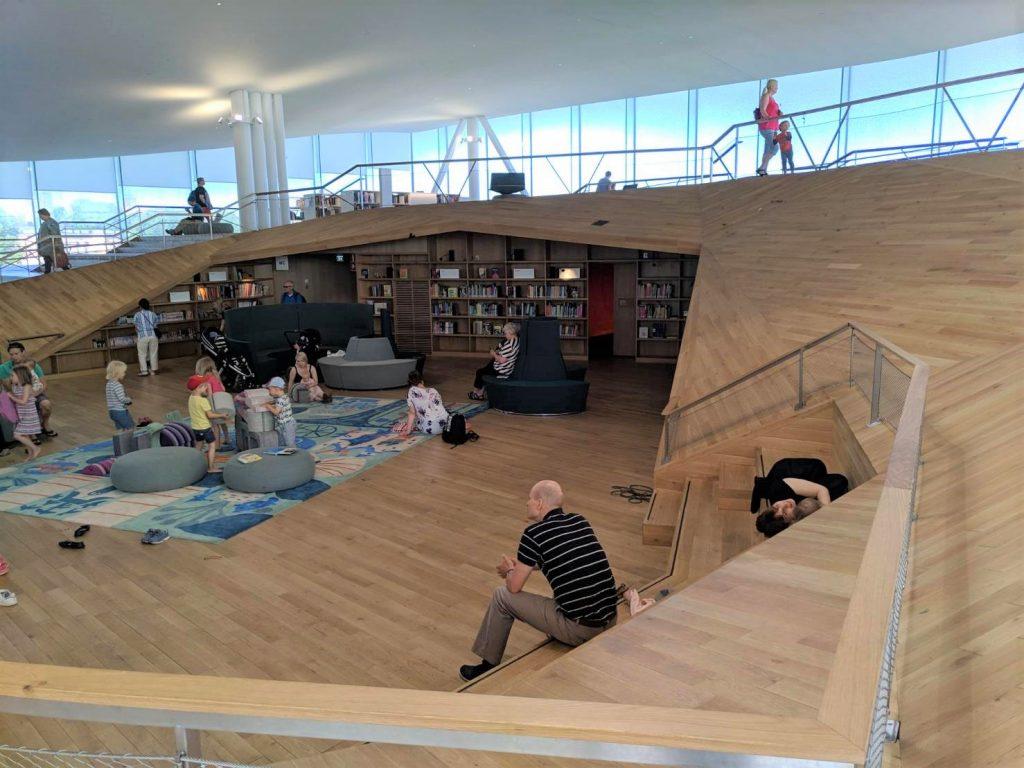 芬蘭赫爾辛基頌歌中央圖書館|北歐最美圖書館 6