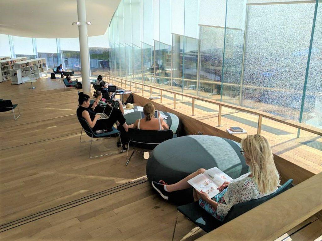 芬蘭赫爾辛基頌歌中央圖書館|北歐最美圖書館 3