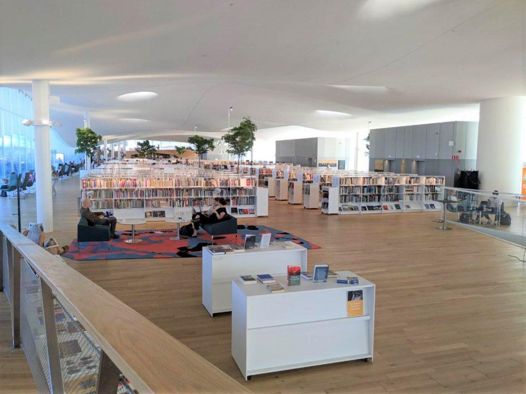 芬蘭赫爾辛基頌歌圖書館7