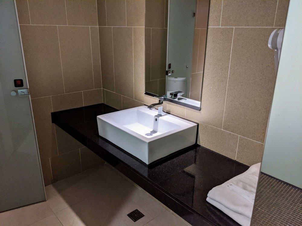 HOTEL HI 垂楊店 嘉義市區平價旅館,假日雙人房不到1500元 4